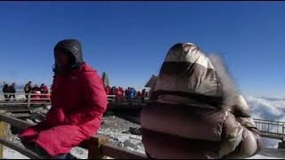 Video : China : A visit to Jade Dragon Snow Mountain 玉龙雪山