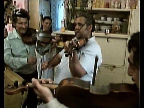 Šukovci z Čierneho Balogu. Bartošova muzika 1988.