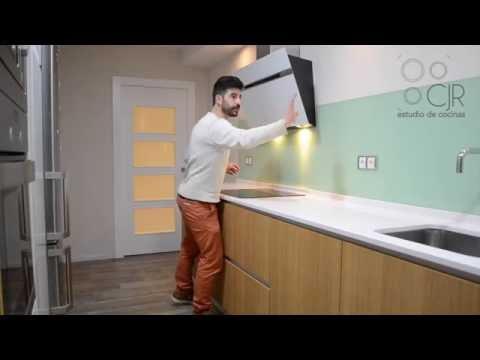 Los ejercicios para la quema de la grasa sobre el talle y el vientre en las condiciones de casa