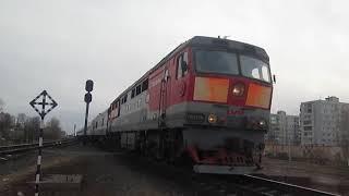 Тепловоз ТЭП70-0218 с поездом Москва-Архангельск