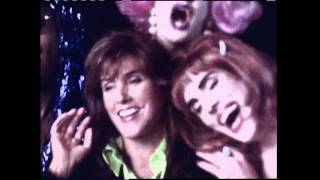 "Laura Branigan - ""Dim All The Lights"" (Official Music Video)"