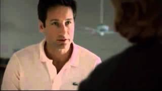 Extrait du 615 - ARCADIA (Mulder et Scully jouent les couples mari�s)