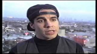 Red Hot Chili Peppers - Interview with Anthony Kiedis re: drug addiction - rare clip
