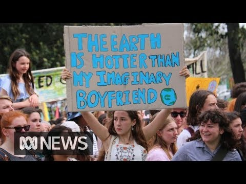 Global climate strike sees 'hundreds of thousands' of Australians rally | ABC News