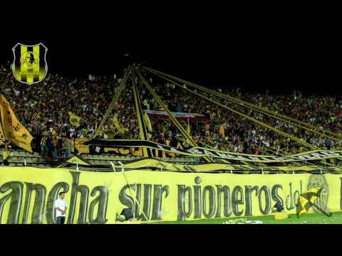 """AVALANCHA SUR 1997, HAY QUE SALTAR"" Barra: Avalancha Sur • Club: Deportivo Táchira"