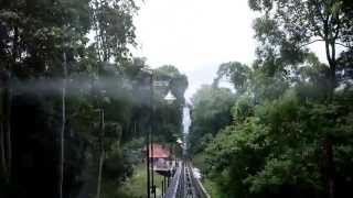 preview picture of video 'Penang Hill Funicular Train (from the upper station to the lower station)'