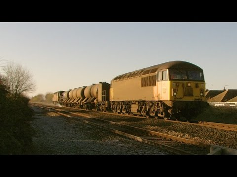 Colas Rail 56087 & 56078 pass Prestatyn with Railhead Treatm…