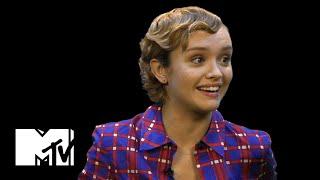 Olivia parle des One Direction!