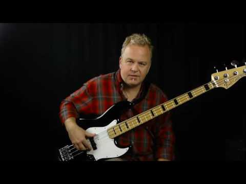 Ramble On Bass Guitar Lesson | Led Zeppelin | Bassline