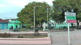 preview picture of video 'Cuban life in the streets of Sancti Spiritus Cuba'