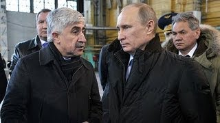 Владимир Путин посетил завод им. Чкалова