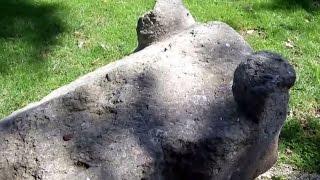 preview picture of video 'un sarcophage à Châteauneuf-les-Martigues'