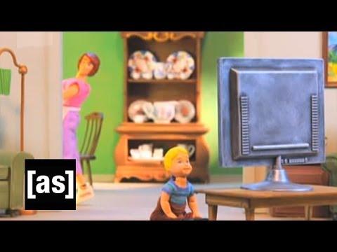 Video trailer för Don't Sit So Close | Robot Chicken | Adult Swim