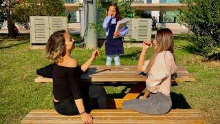 طفلة تفاجئ بنات الجامعه بأنها طالبه معهم | تجربة اجتماعية