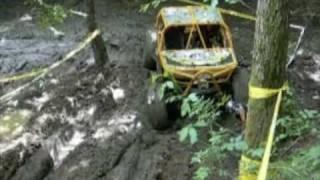 preview picture of video 'JEEP POLVERIERA RACCHIUSO  2010'