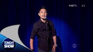 Perform  Ernest Prakasa Stand Up Comedy