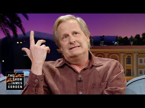 Jeff Daniels Hid In a Closet During His Concert