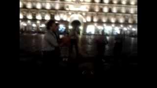 preview picture of video 'Chula na praça mayor de Salamanca...'