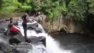 preview picture of video 'La cascade de rochester falls'