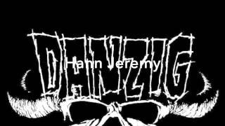 Misskilinn Texti : Danzig - Am I Demon