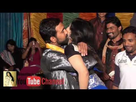 Ve Gujra Ve New Girl Hot Mujra Dance 2018 At Wedding