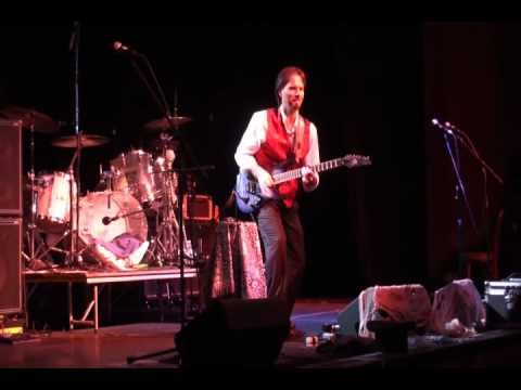 Rob Metz Surfing with the Alien at The Kent Stage.wmv
