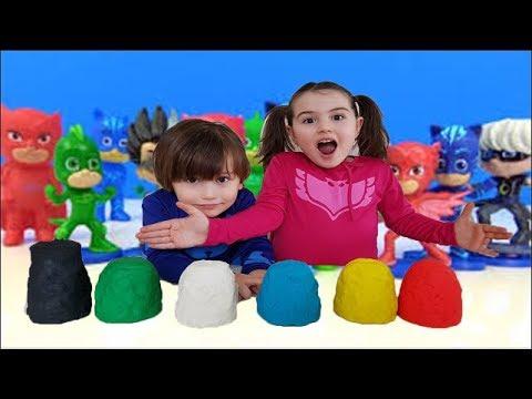 Pijamaskeliler oyuncakları ile renkleri öğreniyoruz. Baykuş Kız, Kedi Çocuk, Kertenkele, Romeo.