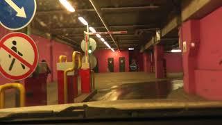 Парковка в подземном паркинге.