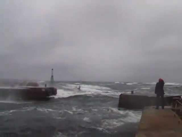 Yacht in rough seas.mp4