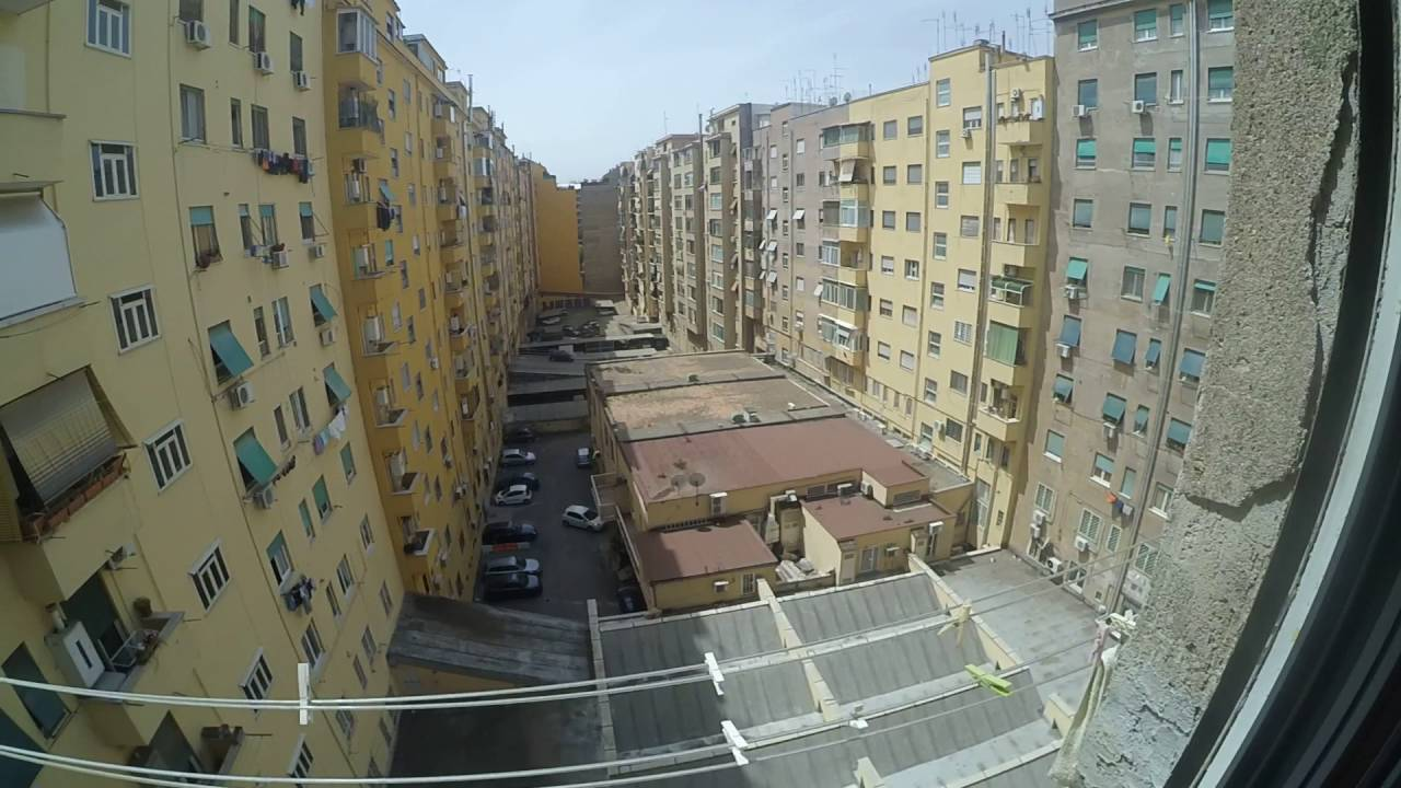 Beds for rent in shared rooms in 3-bedroom apartment with balcony in Ostiense