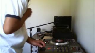 SPLIT PERSONALITYHUNGRY DAWG AND DRINK & PARTY RIDDIM MIX {DJ GIO GUARDIAN}