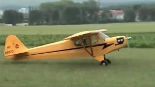 preview picture of video 'Piper J-3 Cub 1/4, I.'