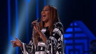 Yolanda Adams Pays Tribute To Neil Diamond On 'GRAMMY Salute To Music Legends'