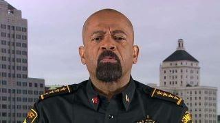 Sheriff David Clarke sounds off on Sen. Cory Booker | Kholo.pk