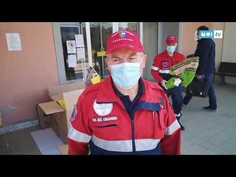 Preview video Associazione Carabinieri dona Uova di Pasqua al personale sanitario degli ospedali