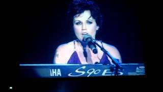 The Cranberries - LIVE in Singapore - Dying in the Sun