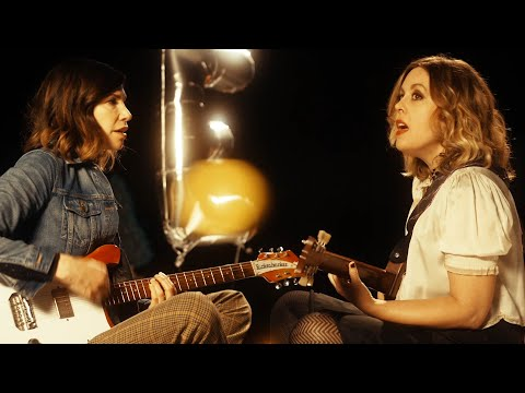 Sleater-Kinney - LOVE (Official Video)