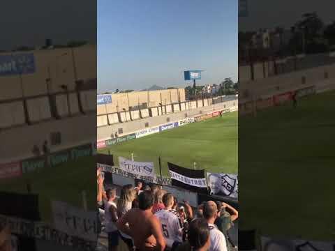 """""""Platense llegando a Caseros"""" Barra: La Banda Más Fiel • Club: Atlético Platense"""