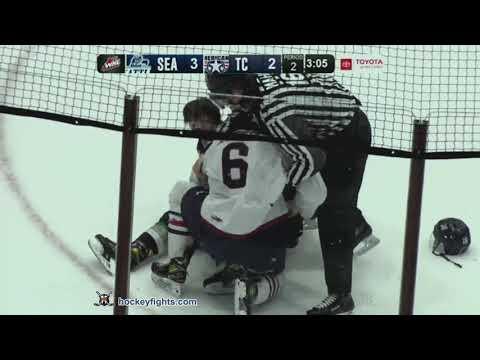 Bryson Andregg vs. Sam Popowich