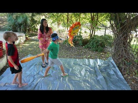 Kids Hitting Pinata at Birthday Party (HD)