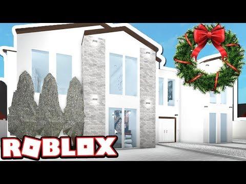 WHITE WINTER WONDERLAND MANSION!!!   Subscriber Tours (Roblox Bloxburg)
