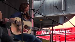 TERRI CLARK - BETTER THINGS TO DO - CCMA - FANFEST - 2009 - VANCOUVER