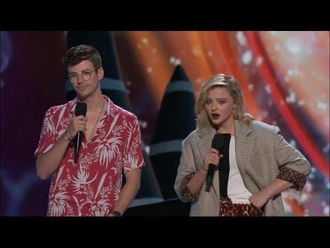 Grant Gustin and Chloe Moretz Present Choice Drama Movie Actor   Teen Choice Awards 2018