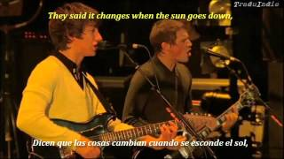 Arctic Monkeys- When the sun goes down (inglés y español)