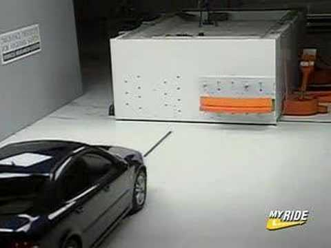 2007 Saab 9-3 Crash Test Video