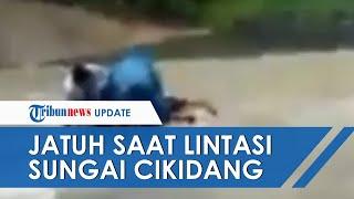 Kisah Pilu Guru Honorer di Sukabumi Terjatuh saat Lewat Sungai, Cuma Digaji Rp500 ribu per Bulan