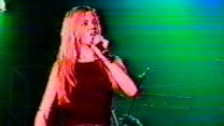 Mandy Moore Lock Me In Your Heart Concert2