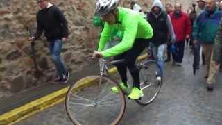 preview picture of video '78ª Carrera del Pavo en Segovia 2013 Bajada de Julio Martín  25/12/2013 (1)'