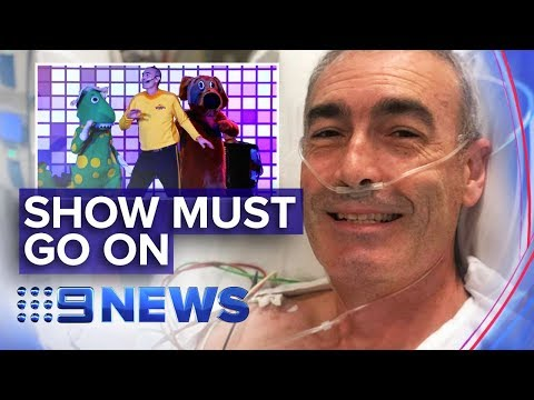 Yellow Wiggle collapses at bushfire relief concert | Nine News Australia