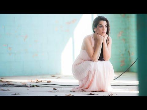 Watch videoLa Tele de ASSIDO - Entrevista a Ruth Lorenzo